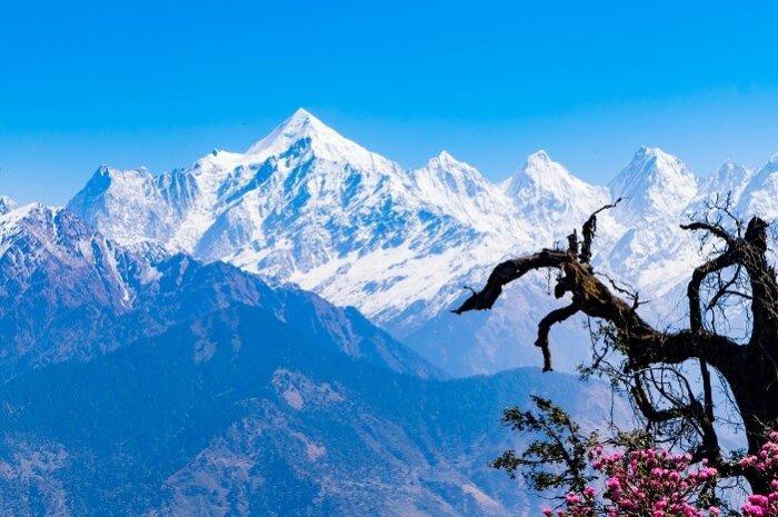 Major Hills and Peaks of Uttarakhand Himalaya